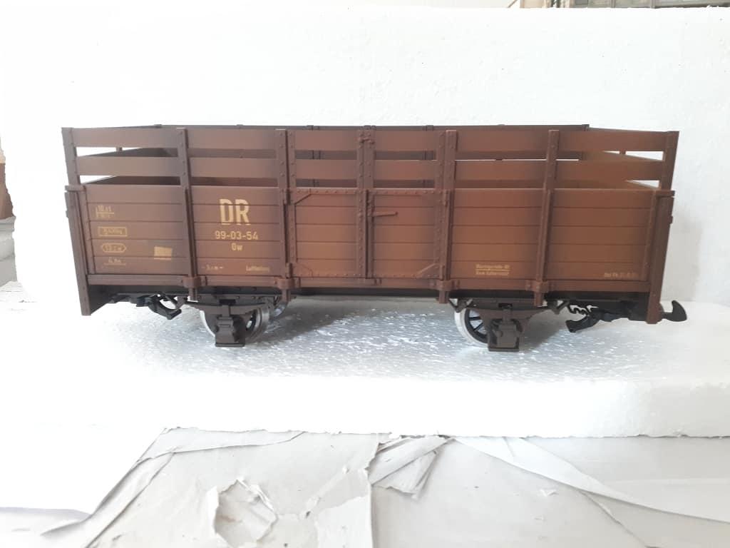 LGB Güterwagen gealtert