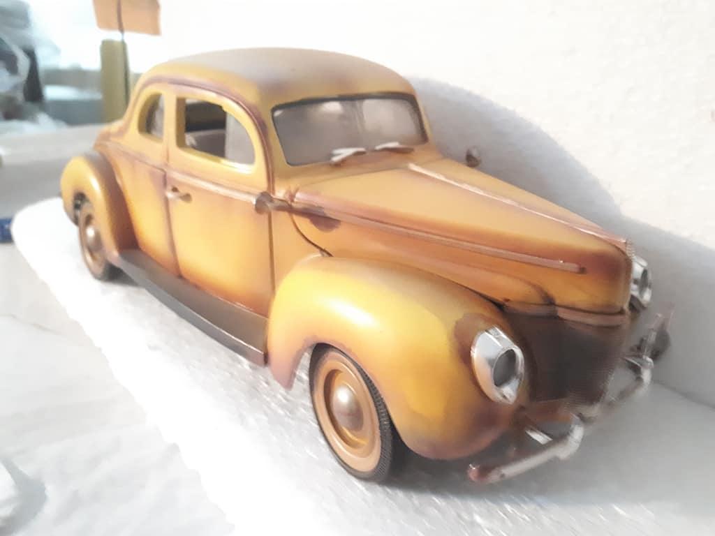 Oldtimer der sehr lange unentdeckt in einer Garage stand...Alterung, Wheatering