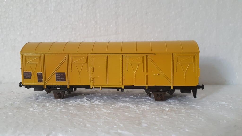 Gedeckter Güterwagen Materialwagen für Gleisbauzug
